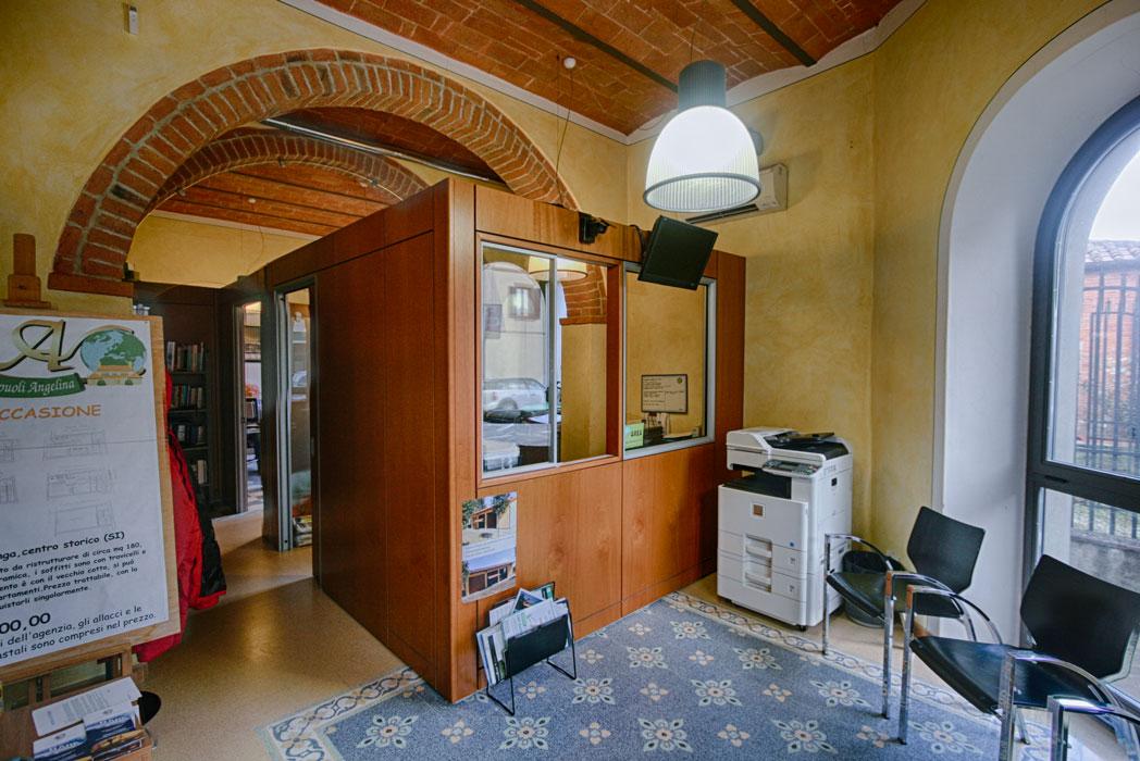 ufficio-3.jpg