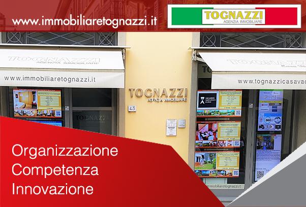 Vetrina Agenzia Immobiliare Tognazzi.jpg